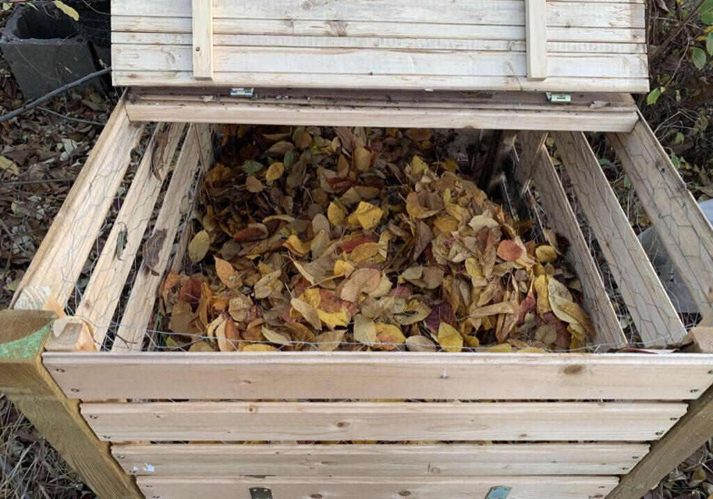 Recipient pentru compost realizat de Urban Cultor
